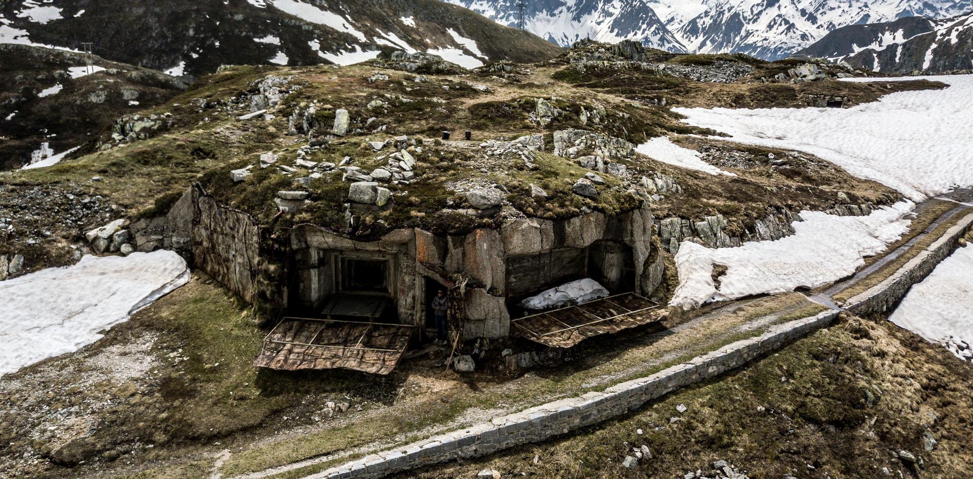 Questo bunker fa parte del sistema di difesa esterna presente nella nostra fortezza. Durante la visita guidata guardia di fortificazione sono mostrate anche queste installazioni nascoste!