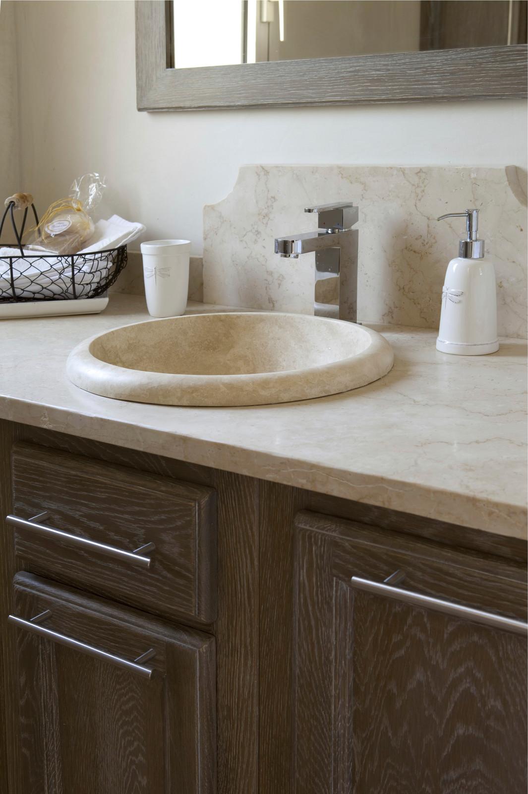salle de bain sur mesure haut de gamme aix provence. Black Bedroom Furniture Sets. Home Design Ideas