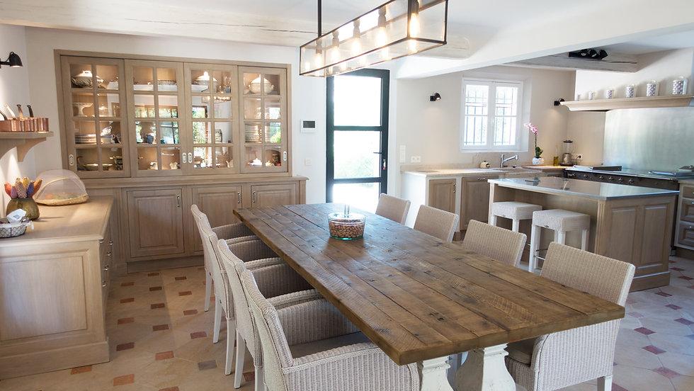 cuisine sur mesure haut de gamme aix en provence ateliers. Black Bedroom Furniture Sets. Home Design Ideas