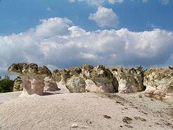 Скальные образования Каменные грибы