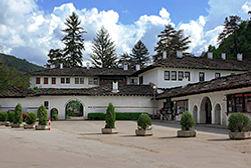 Индивидуальные экскурсии по Болгарии Троянский монастырь