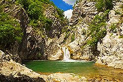 Индивидуальные экскурсии по Болгарии Водопад Сини Вир