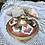 Thumbnail: Bombonera de bronce decorada