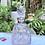 Thumbnail: Licorera de cristal tallado con decoración de plata.