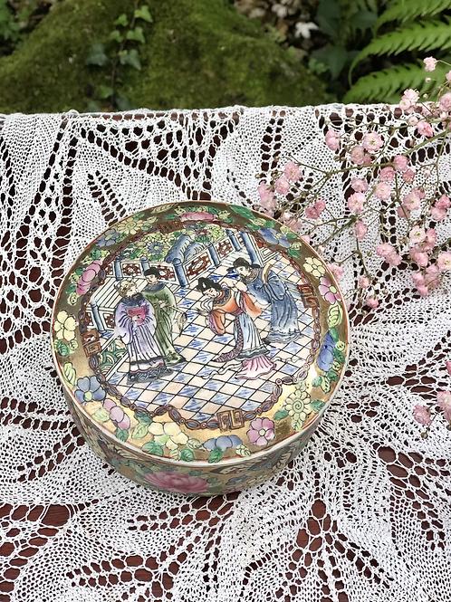 Caja de porcelana Qianlong.