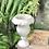 Thumbnail: Macetero con forma de copa de alabastro.