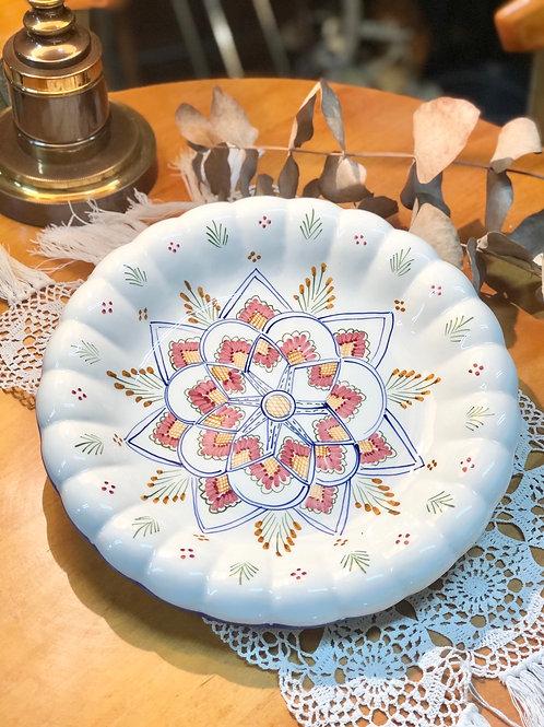 Plato cerámica con ondas.