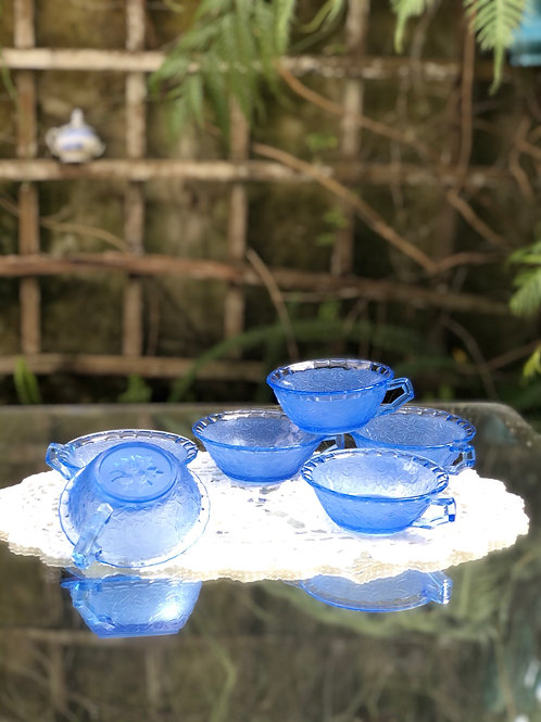 Juego 6 tazas Cristal color azul.