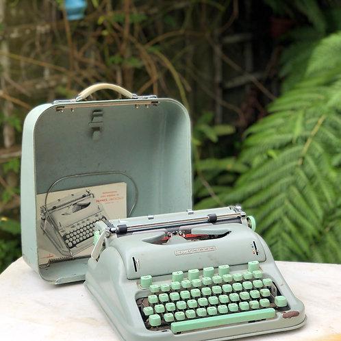 Maquina de escribir Hermes 3000