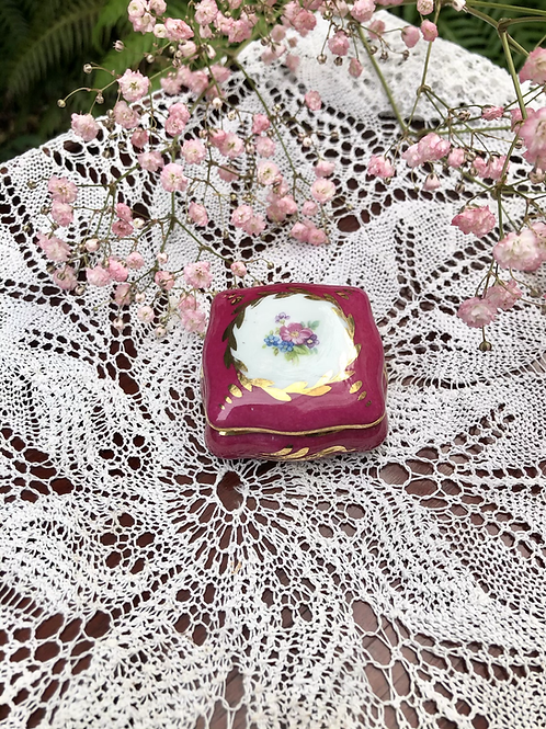 Cajita porcelana Limoges.