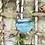 Thumbnail: Lámpara con  tulipa de cristal azul.