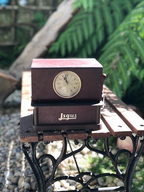 Antiguo reloj de fichar JSGUS.