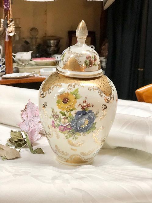 Tibor porcelana de Portugal .