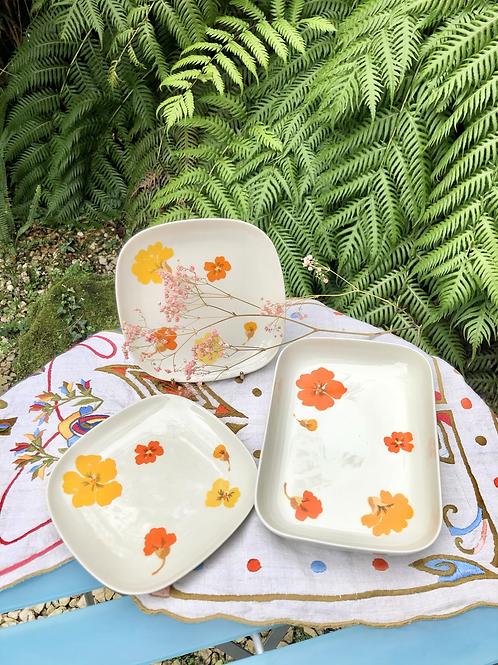 Juego fuente y 2 platos porcelana Langenthal, Suiza.
