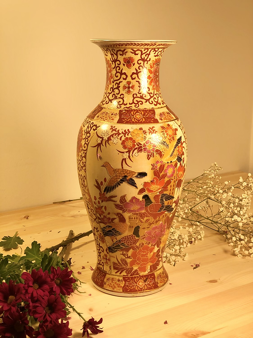 Jarrón grande de porcelana china.