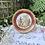 Thumbnail: Pareja de platos de Limoges con motivos románticos .