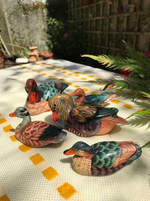 Familia de patos de cerámica