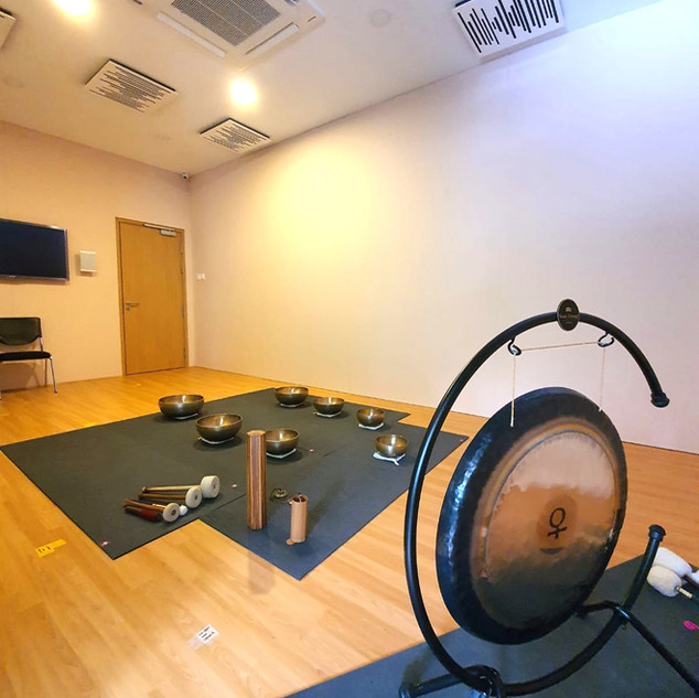 private sound healing at mindful space
