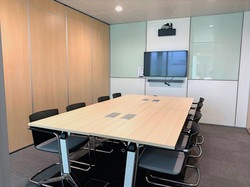 8 to 25 pax meeting room