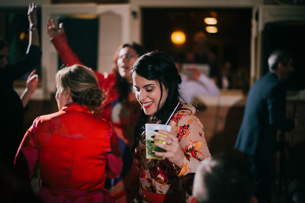 destination-wedding-photographer-sardinia-alghero-cagliari-florence-venice-venezia-firenze-italy-exclusive-luxury-wedding-planner-beach-bride-groom-intimate-hockzeit-mariage-makeup-hair-dresser-bouquet-flowers-sea-epic-party-paolo-salvadori