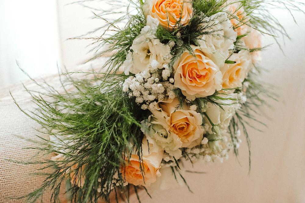italian destination traditional sardinian wedding photographer-alghero-makeup artist-mua-sardinia-alghero-cagliari-porto-cervo-porto-rotondo-venice-exclusive-luxury-wedding-planner-intimate-hockzeit-german-mariage-wedding bouquet