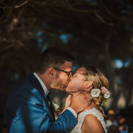 Dutch couple for a beach Wedding in Alghero, Sardinia Photographer