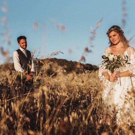 Palmadula Wedding Photographer in Sardinia countryside, Argentiera