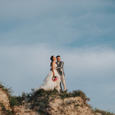 A rock bride for a Celtic Wedding at Alghero's beach, Sardinia Destination Wedding Photographer