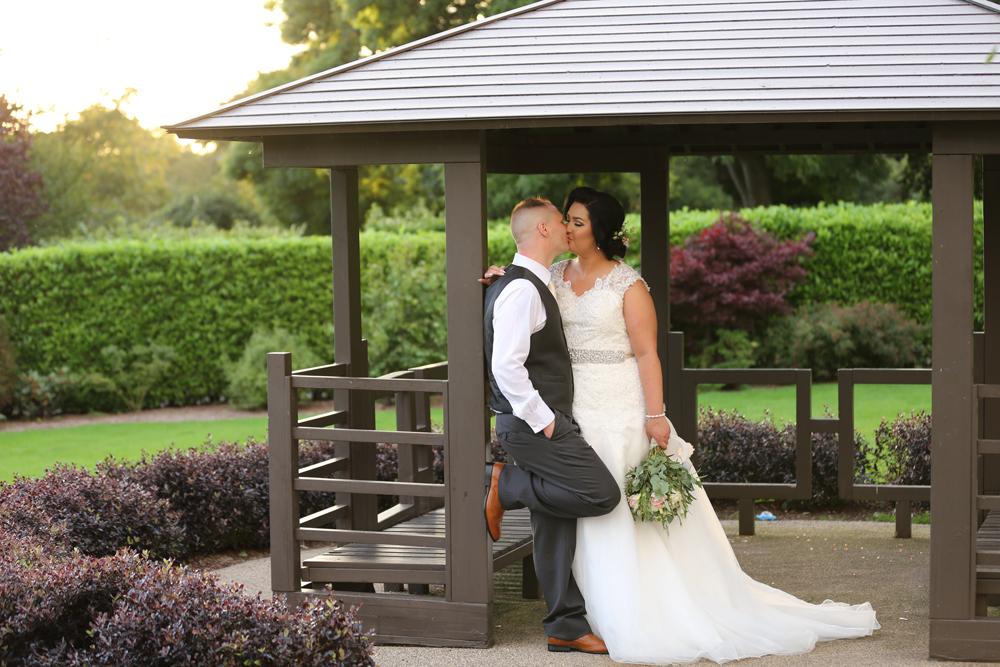 Wedding photographer LaMon Hotel