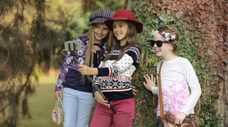 Kids modelling model