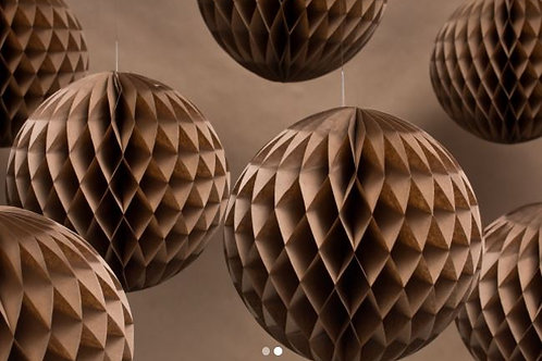 Kraft paper decorations