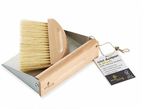 Mini dustpan & brush