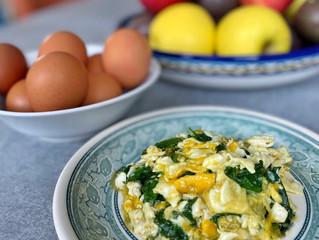 Spinach & Egg Scramble