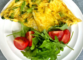 Broccoli, Goat Cheese and Basil Omelette!