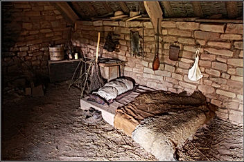 Peasant bed.jpg