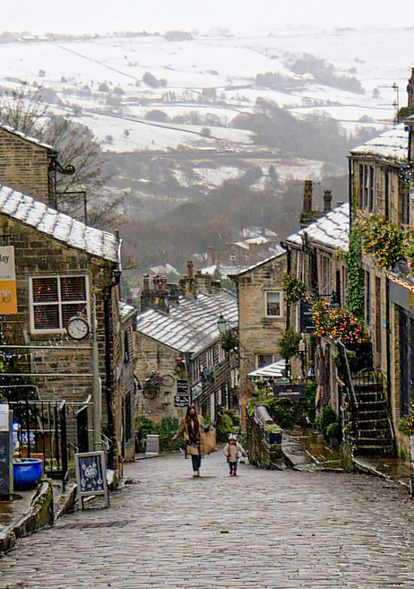 First Snow in Haworth Dec 4th 2020 (1).j