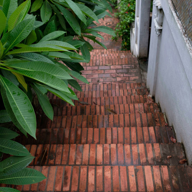 Tucked-away steps