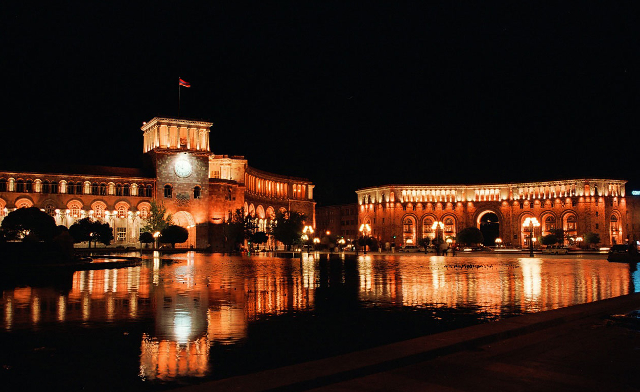 Yerevan_Nights_1.jpg