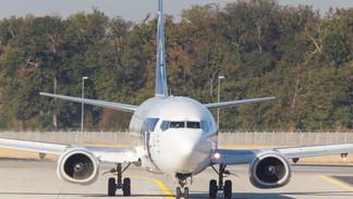 SP-LLE Boeing 737-400 LOT