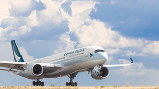 B-LRM Airbus A350-900 Cathay Pacific