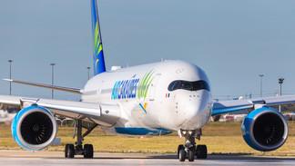 F-HNET Air Caraïbes Airbus A350