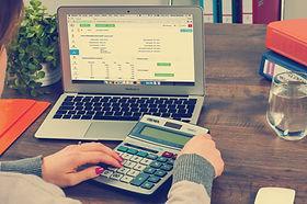 bookkeeping-615384.jpg
