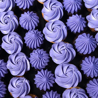 Sweet and beautiful mini cupcakes! _teli