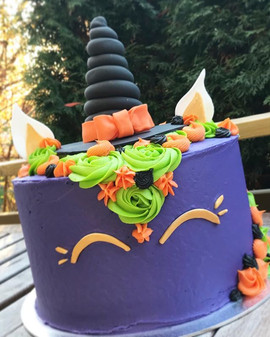 Halloween unicorn cake!!_Some cakes are