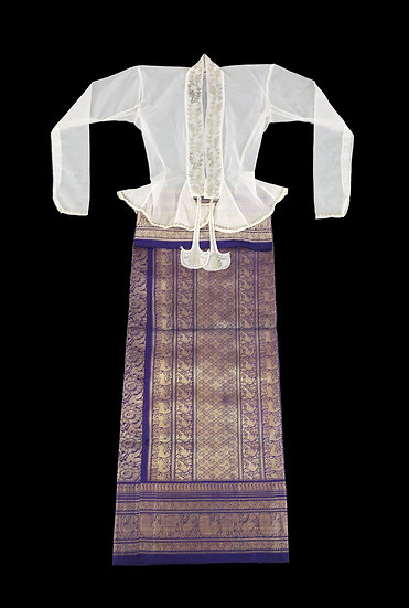 1920s -1930s Eingyi, lady's blouse and 1950s - 1960s Htamien, court lady's tube