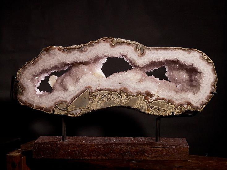 Large Quartz slice with calcite amethyst
