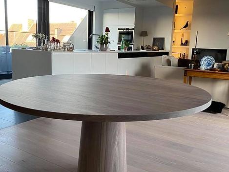 Op maat gemaakte ronde eikenhouten tafel