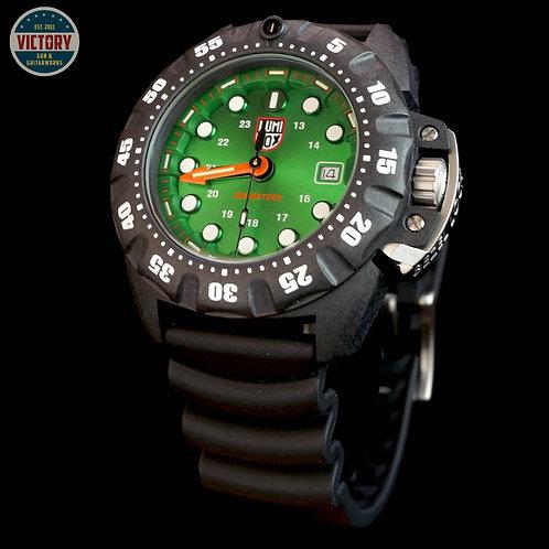 Factory New Luminox XS.1567 XS1567 Scott Cassell Deep Dive 45mm Green Dial