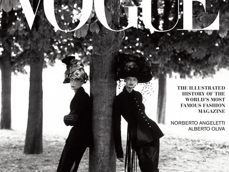 In Vogue: An Illustrated History of the World's Most Famous Fashion Magazine Hardcover