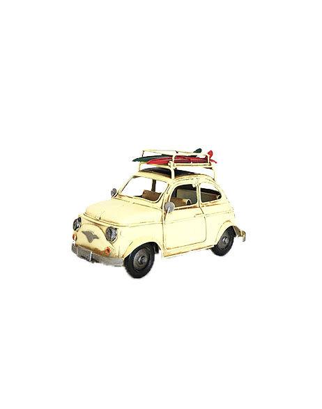 Modellino auto in latta